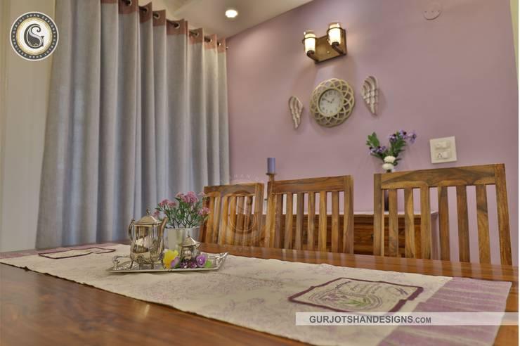 Dining Space Design:   by Gurjot Shan Designs