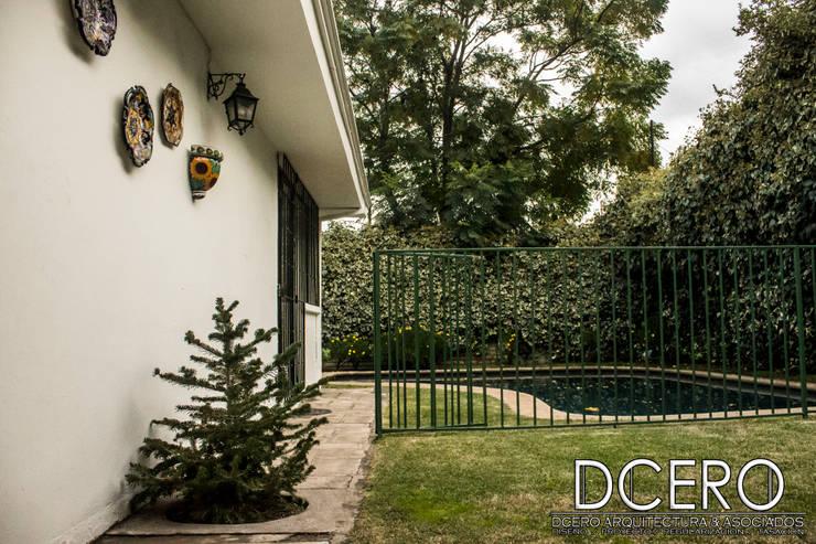 Tasación Comercial: Jardines zen de estilo  por Dcero Arquitectura
