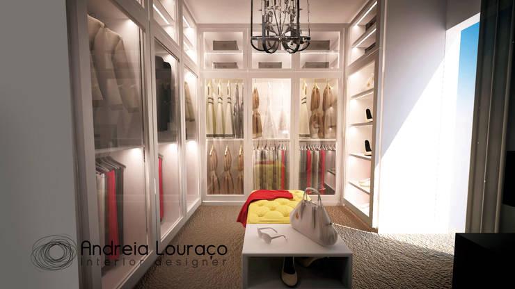 """Projecto Closet """"1"""": Closets modernos por Andreia Louraço - Designer de Interiores (Contacto: atelier.andreialouraco@gmail.com)"""