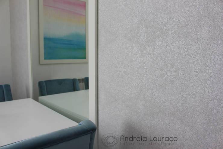 detalhe papel parede:   por Andreia Louraço - Designer de Interiores (Contacto: atelier.andreialouraco@gmail.com)