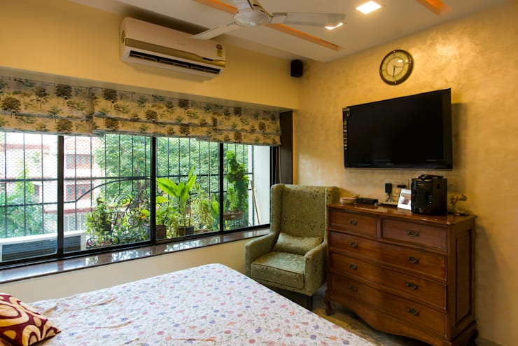 Chembur Renovation: classic Bedroom by Rennovate Home Solutions pvt ltd