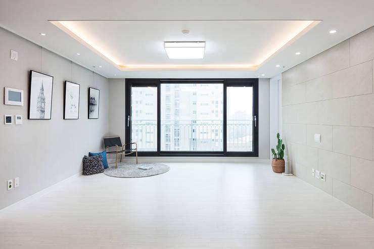 동탄 2 애듀밸리 사랑으로 부영아파트 인테리어: N디자인 인테리어의  거실,모던
