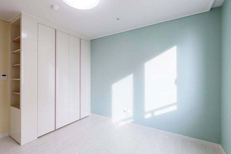 동탄 2 애듀밸리 사랑으로 부영아파트 인테리어: N디자인 인테리어의  방,모던
