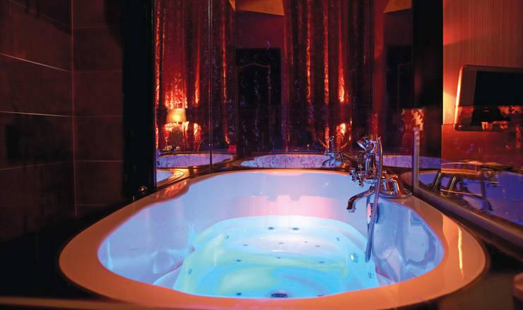 Cleopatra bad met specificaties naar wens: moderne Spa door Cleopatra BV