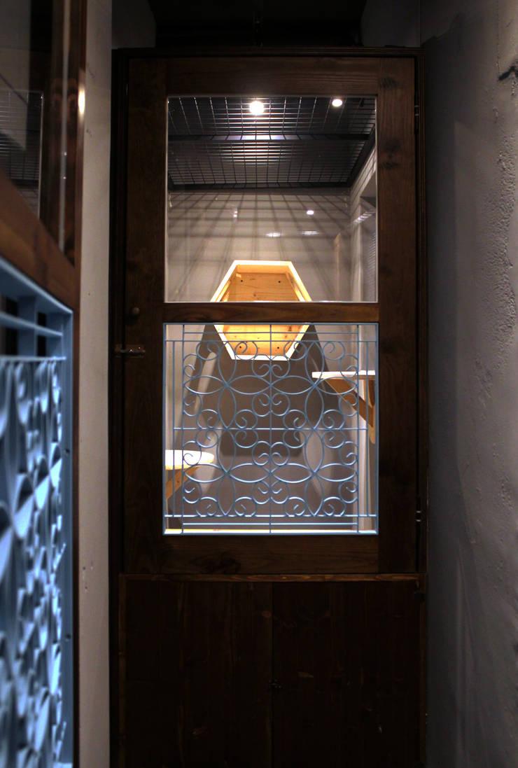 貓旅館區域-隔間:  室內景觀 by 湜湜空間設計