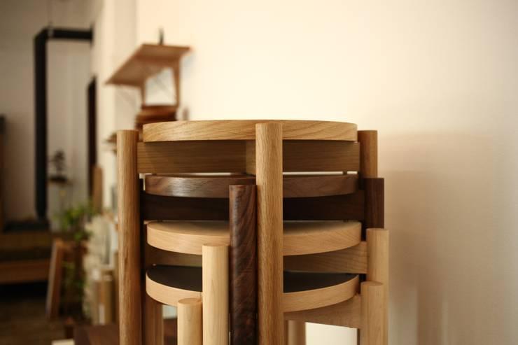 아날로그퍼니처: analog furniture의  거실