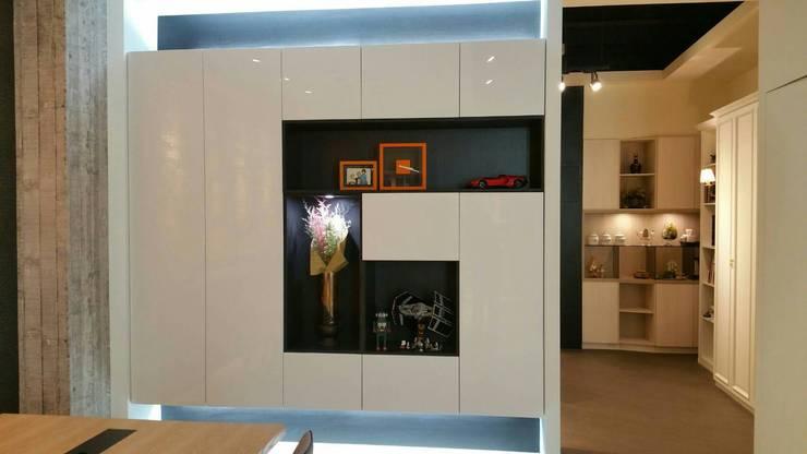 造型櫃:  家居用品 by 龐比度空間規劃