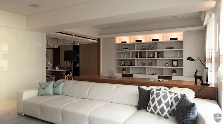 明水苑 | 稜線 (住宅設計案2015):  客廳 by 北歐制作室內設計
