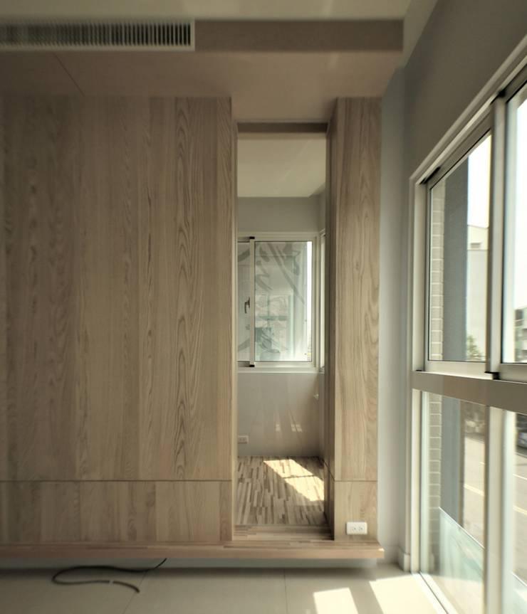 氧光-沐屋:  書房/辦公室 by 喬克諾空間設計