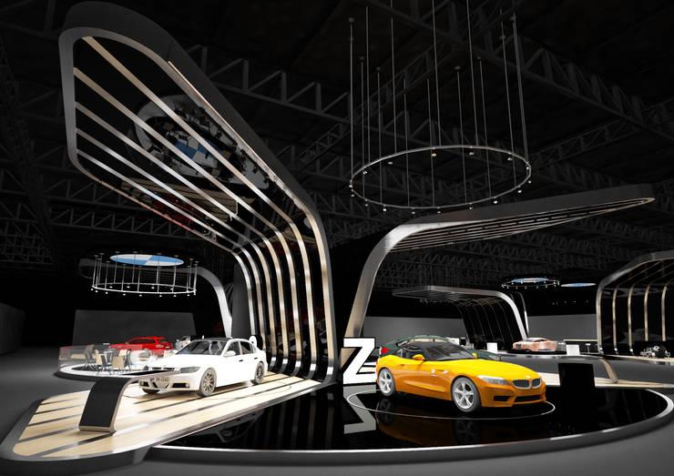 Stand Motorshow:  de estilo  por Fernando Borda Arquitectura de Interiores