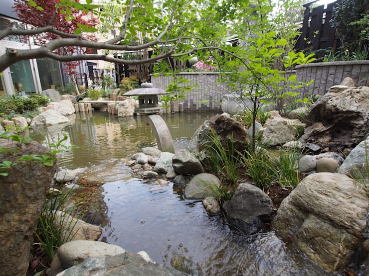 Garden Pond by 空間工房 欅, Eclectic Stone
