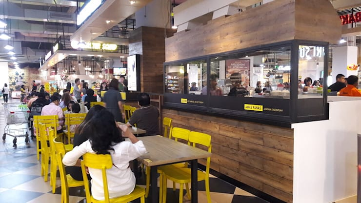 sitting area view-2:  Restoran by Cendana Living