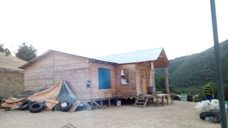 Armado de casa pre fabricada: Casas de estilo  por Servicios Express Valparaíso