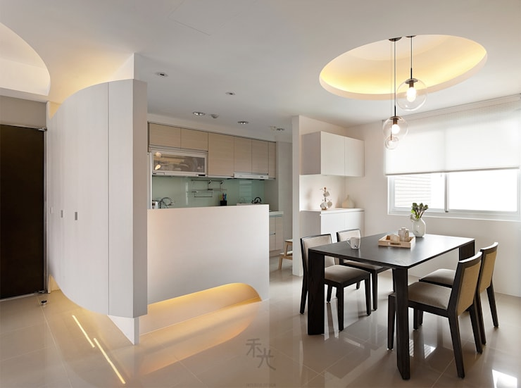 用色彩說故事:一個人的豪宅新生活:  廚房 by 禾光室內裝修設計 ─ Her Guang Design