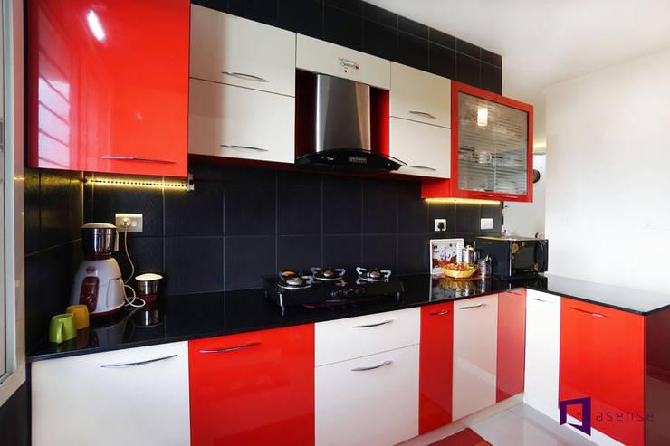 Ajay & Yogita's apartment in Sobha dream Acres,Varthur,Bangalore:  Kitchen by Asense,Minimalist