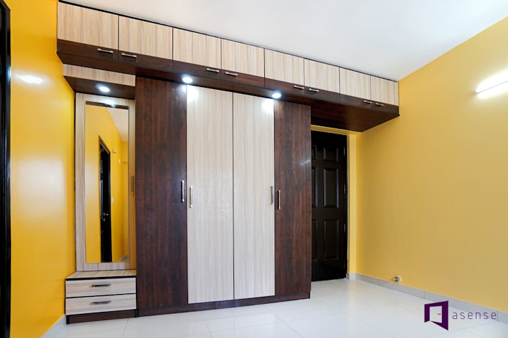 Parul & Gourav's apartment in Sumadhura Shikharam,Whitefield,Bangalore:  Bedroom by Asense