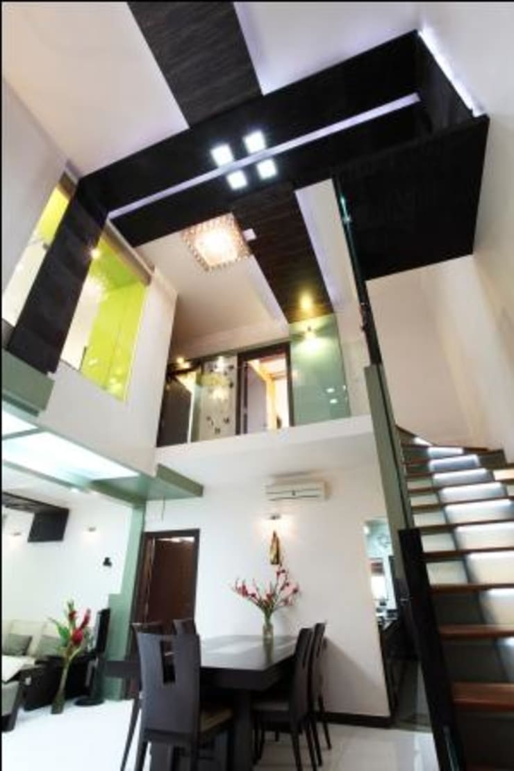 Doshi Residence:  Corridor & hallway by Architecture Continuous,Modern