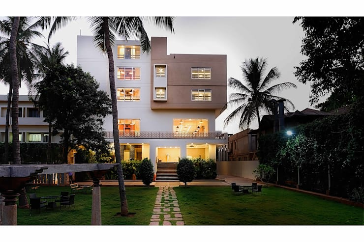 Priyadarshini Hotel:  Hotels by Architecture Continuous,Modern