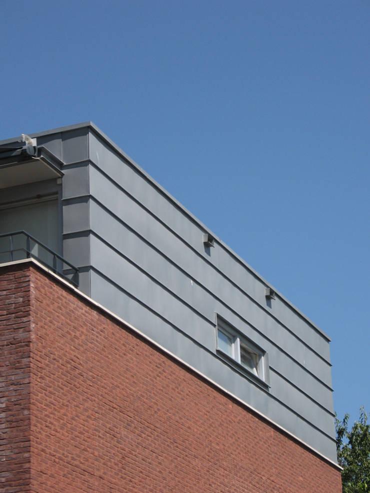 Appartementen Sprinkstraat, Maastricht:  Eengezinswoning door Verheij Architecten