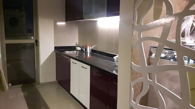 3 bhk home at Lodha palava Dombivli : classic Kitchen by Service Angel Creative Designs
