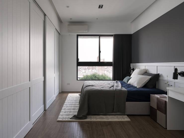 惠宇墩南:  臥室 by Fertility Design 豐聚空間設計
