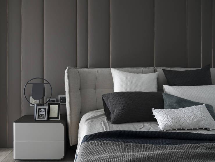 微光:  臥室 by Fertility Design 豐聚空間設計