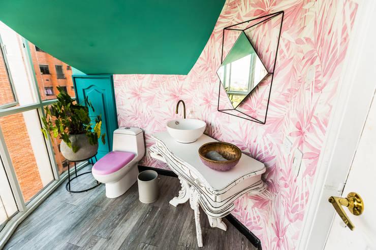 Baño: Baños de estilo  por Aluzina