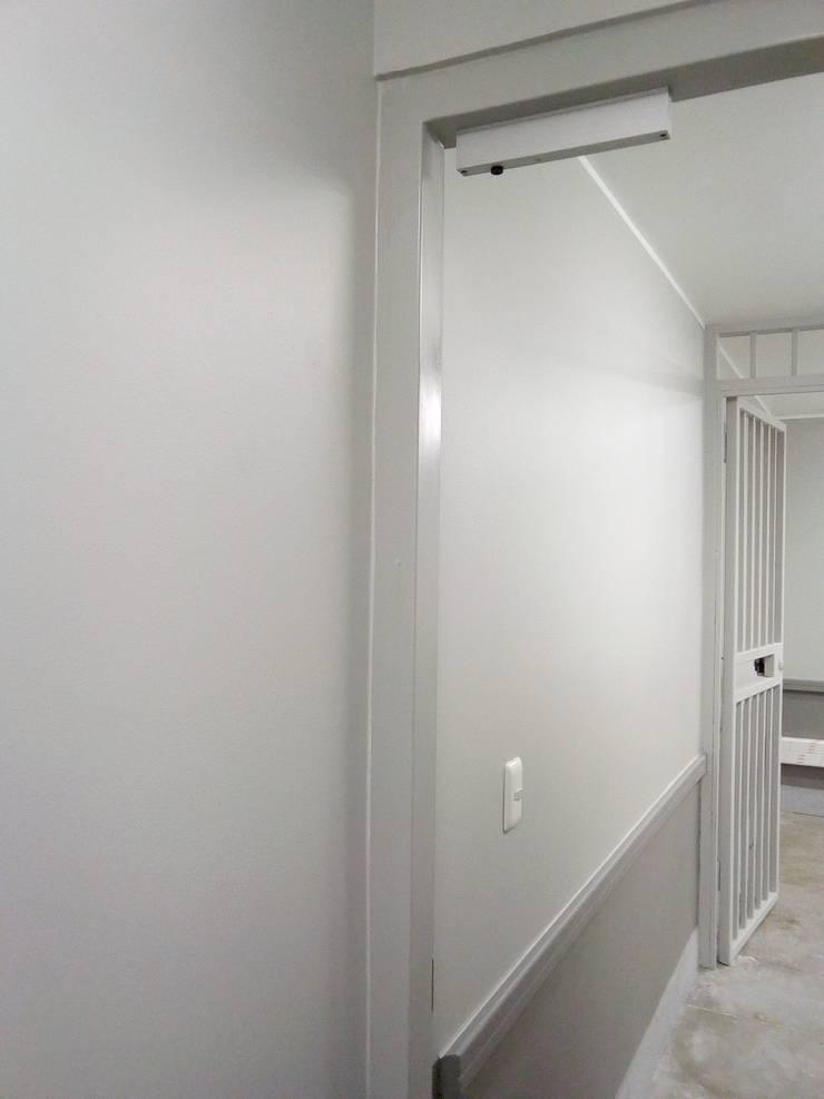 Remodelacion SBA Chiguayante: Centros Comerciales de estilo  por Aedo Arquitectos & Design