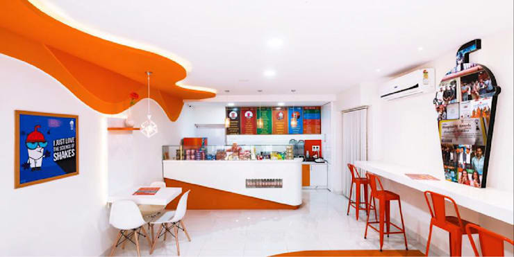 Thick shake cafe interiors:  Gastronomy by Rhythm  And Emphasis Design Studio ,Modern
