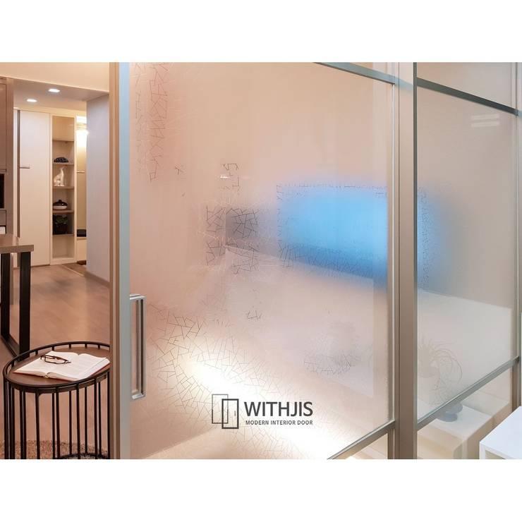 거미줄 패턴 유리: WITHJIS(위드지스)의  문,모던