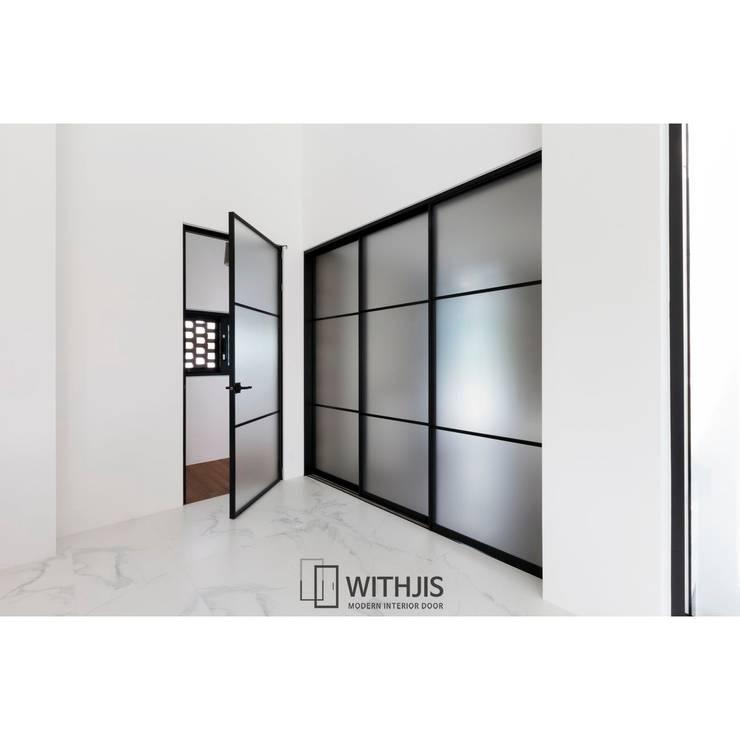 프리미엄슬라이딩도어  : WITHJIS(위드지스)의  문,모던
