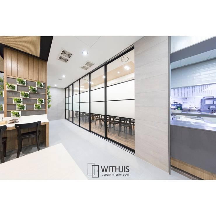 슬림슬라이딩도어: WITHJIS(위드지스)의  문