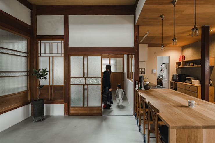 shimotoyama-house-renovation: ALTS DESIGN OFFICEが手掛けたキッチンです。