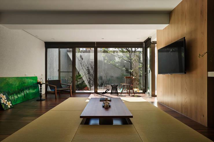 圖片:  客廳 by Fertility Design 豐聚空間設計