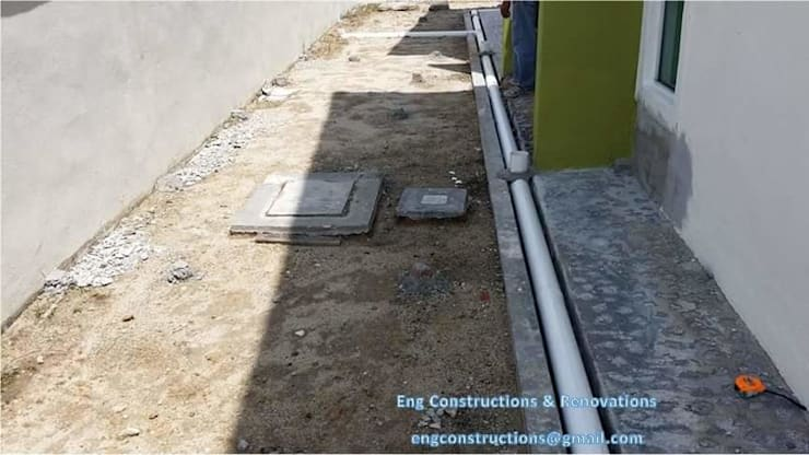 Outdoor Tiling:  Floors by Sam Contractors Ipoh, Modern