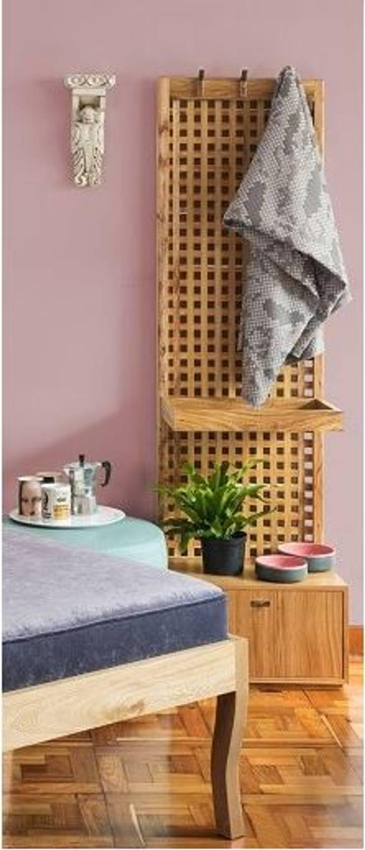 PERCHERO: Dormitorios de estilo  por OCHOINFINITO Mobiliario - Interiorismo