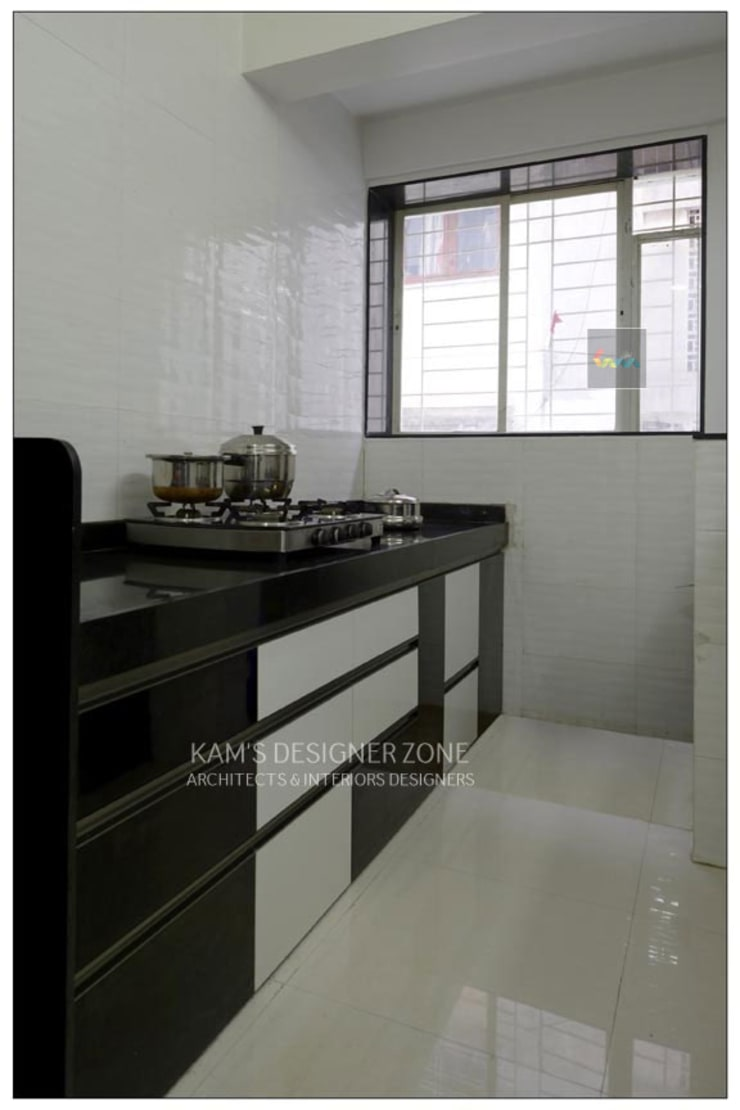 Interior Designing For Mr. Prashant Paraswar:  Kitchen units by KAM'S DESIGNER ZONE,Modern