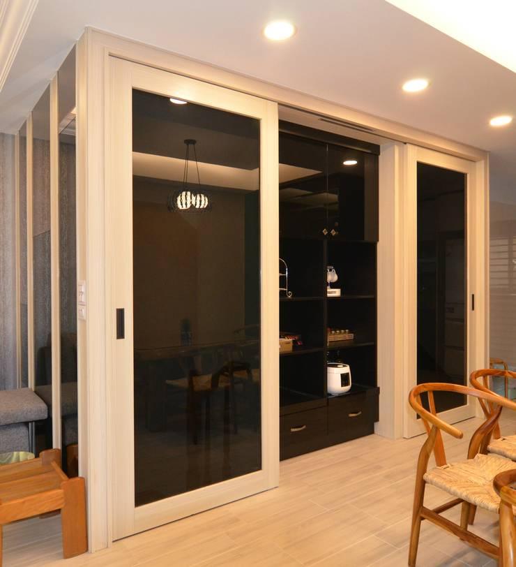 公共區域:  餐廳 by 奇恩室內裝修設計工程有限公司
