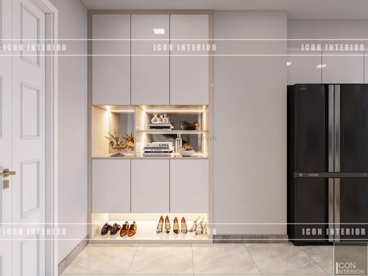 Thiết kế phong cách hiện đại thanh lịch với tông màu trắng:  Cửa ra vào by ICON INTERIOR