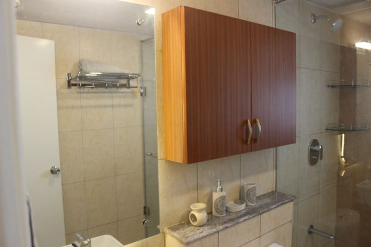 Prestige Ferns Residency: modern Bathroom by 12 Square Interiors