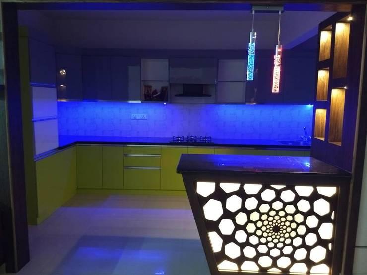 Salarpuria Greenage:  Kitchen by 12 Square Interiors ,Modern