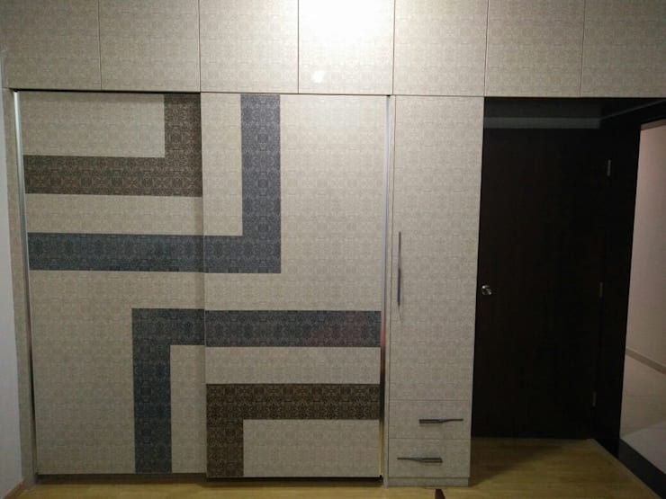 Samprasiddhi GreenEdge:  Dressing room by 12 Square Interiors ,Modern