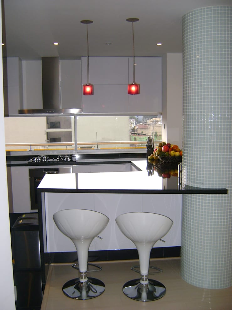 Pent House RuizPerez- Cocina: Cocinas integrales de estilo  por RIVAL Arquitectos  S.A.S.