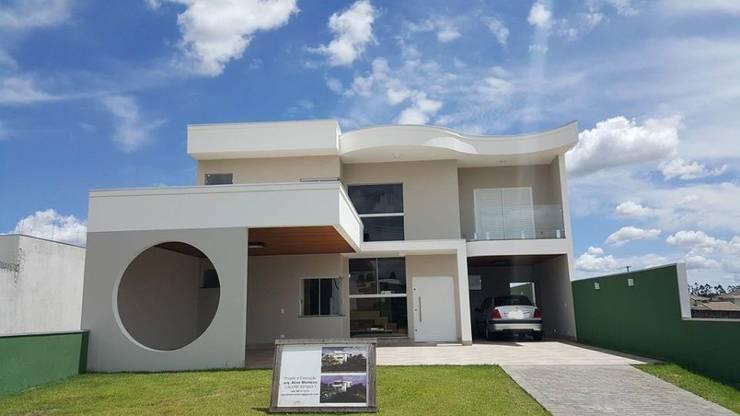 Modern Houses by Aline Monteiro Modern