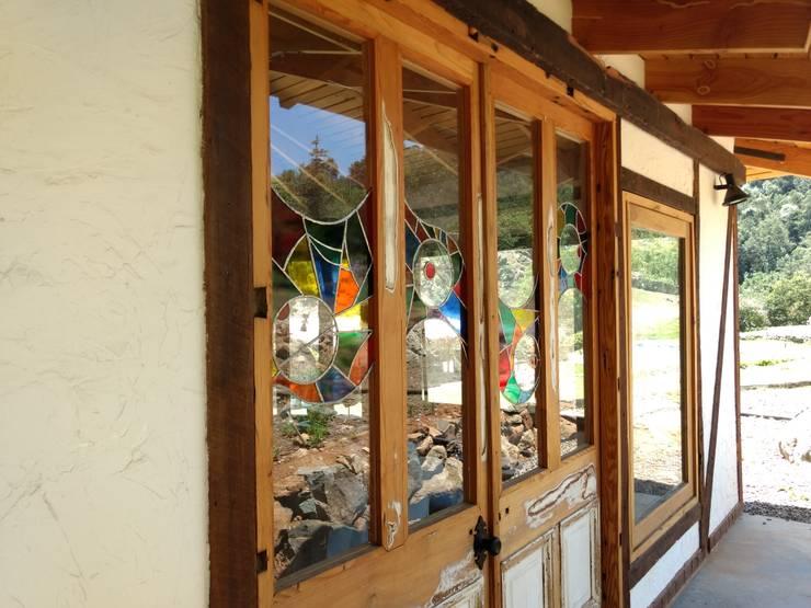 Casa Quincho – Carpinterias: Casas de campo de estilo  por Construyendo Reciclando