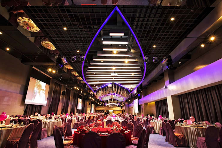 Hotel Orchard Park 桃禧航空城酒店:  屋頂 by 騰龘空間設計有限公司