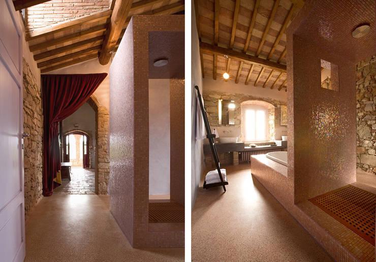 Baños de estilo  por cristianavannini | arc, Moderno