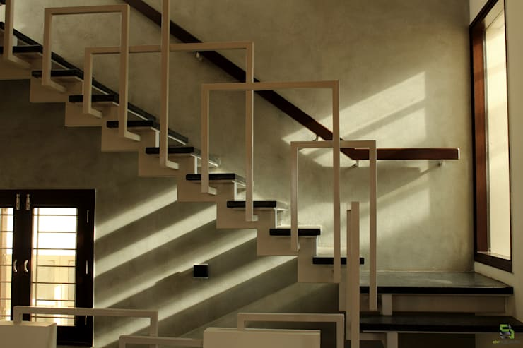 KASAT RESIDENCE:  Stairs by de square,Modern