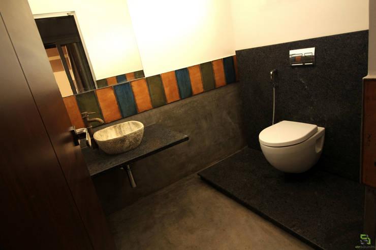 POWDER ROOM:  Bathroom by de square