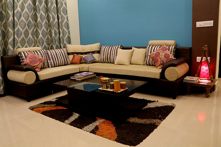 3 BHK Apartment Of Dr Sagar Bangalore:  Living room by Cee Bee Design Studio,Modern
